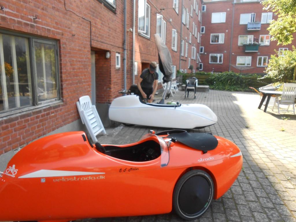 I Århus, skal følges med Poul i Milan