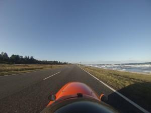 Strada og Quest Xs langs kysten på vej mod Sj.Odde og Færgen